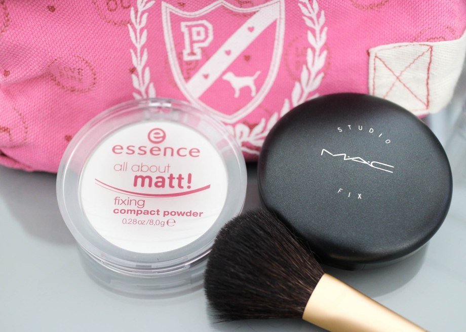 MAC Studio Fix Plus Powder Foundation