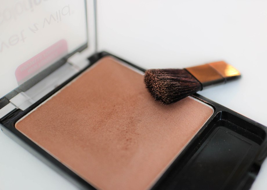 Wet n Wild Color Icon Blush Rose Champagne