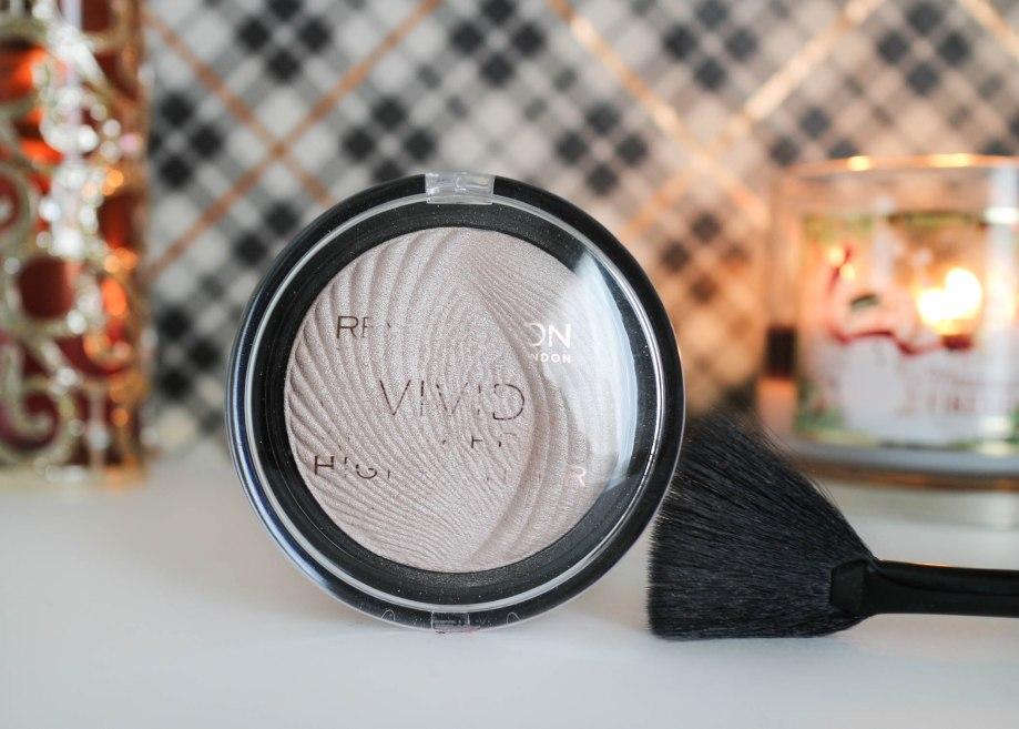 Makeup Revolution Vivid Baked Highlighter Radiant Lights