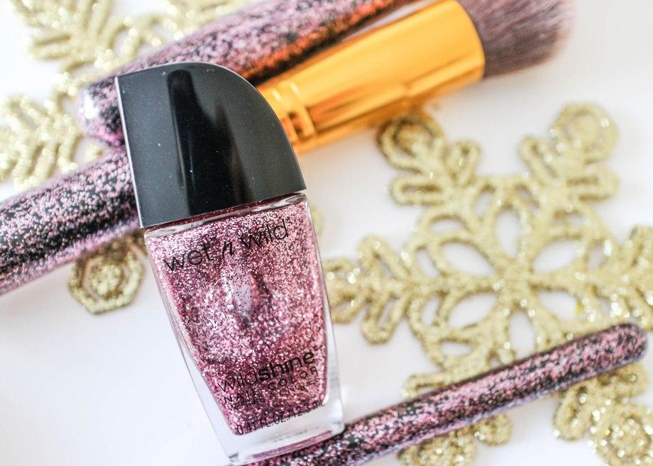 DIY Glitter Makeup Brushes